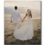Wood-Print-Beach-Couple-Wedding