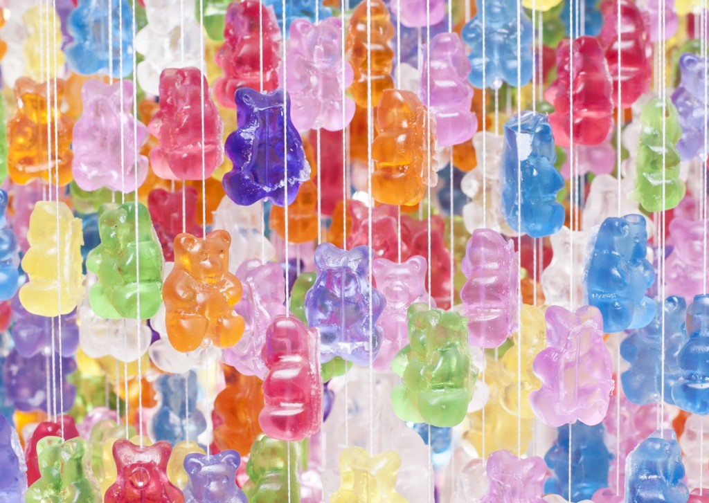 Gummy Bears Chandelier (4)