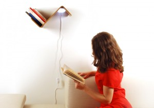 Lili-Lite-Couch-Reader