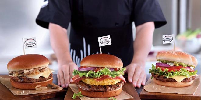 香港麥當勞大升呢! CYT漢堡層層疊