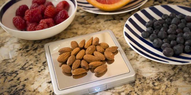 卡路里計算智能磅 食幾多由佢話事!