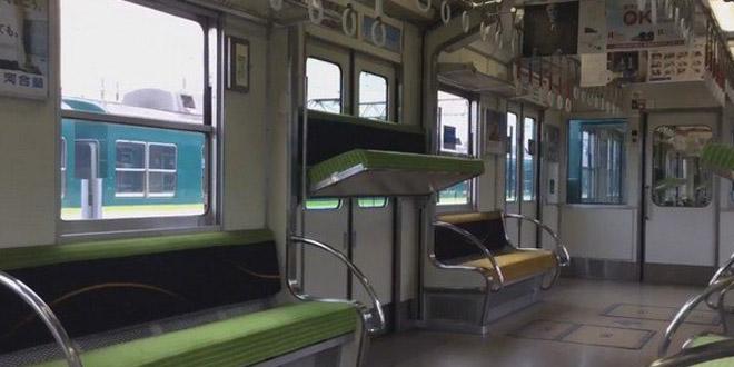 日本古怪電車車廂 座位識得自動升降!