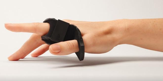 Tap Strap穿戴式輸入裝置 隔空打字單雙手都搞得掂